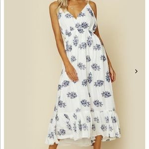 Planet Blue brand new Baylee Midi Dress